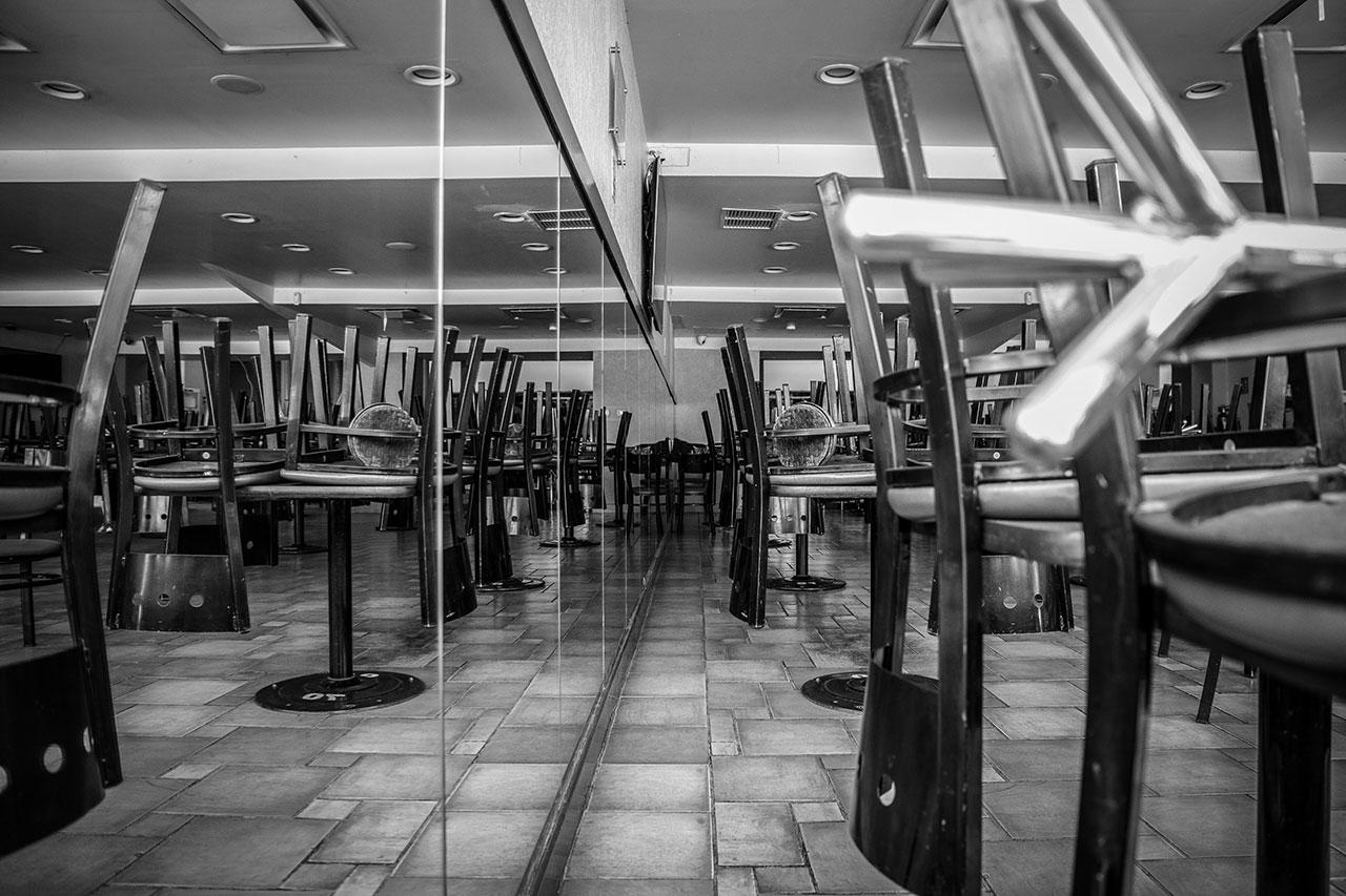 Por emergencia sanitaria, a partir de mañana cierran centros comerciales en CDMX