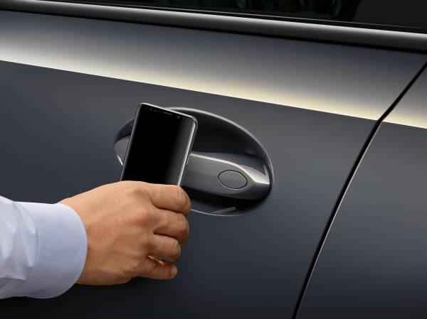 Apple revela CarKey, el nuevo sistema para operar autos a través del iPhone
