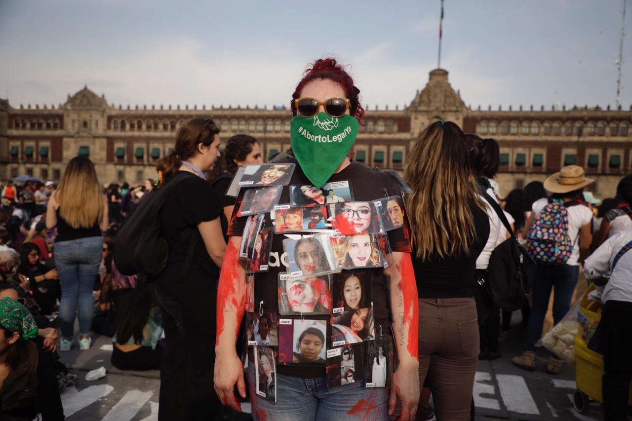 Marcha por el Día Internacional de la Mujer convocó a 80,000 asistentes