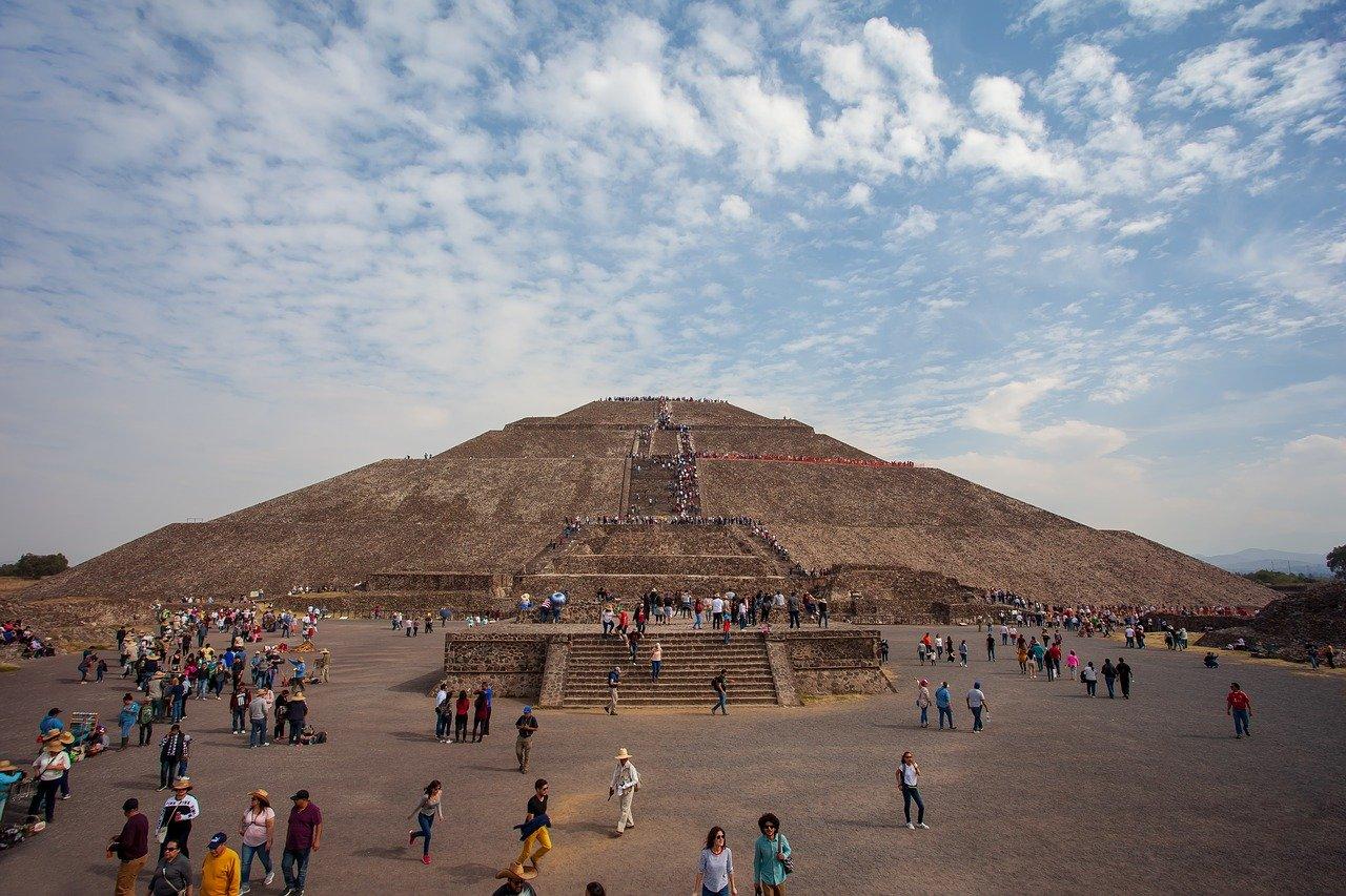 Turisteros mexicanos ven oportunidad de crecer con el coronavirus