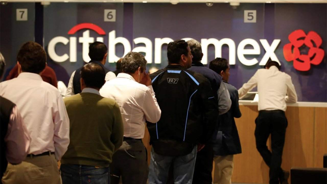 Paro de mujeres redujo 70% las operaciones de Citibanamex el 9M