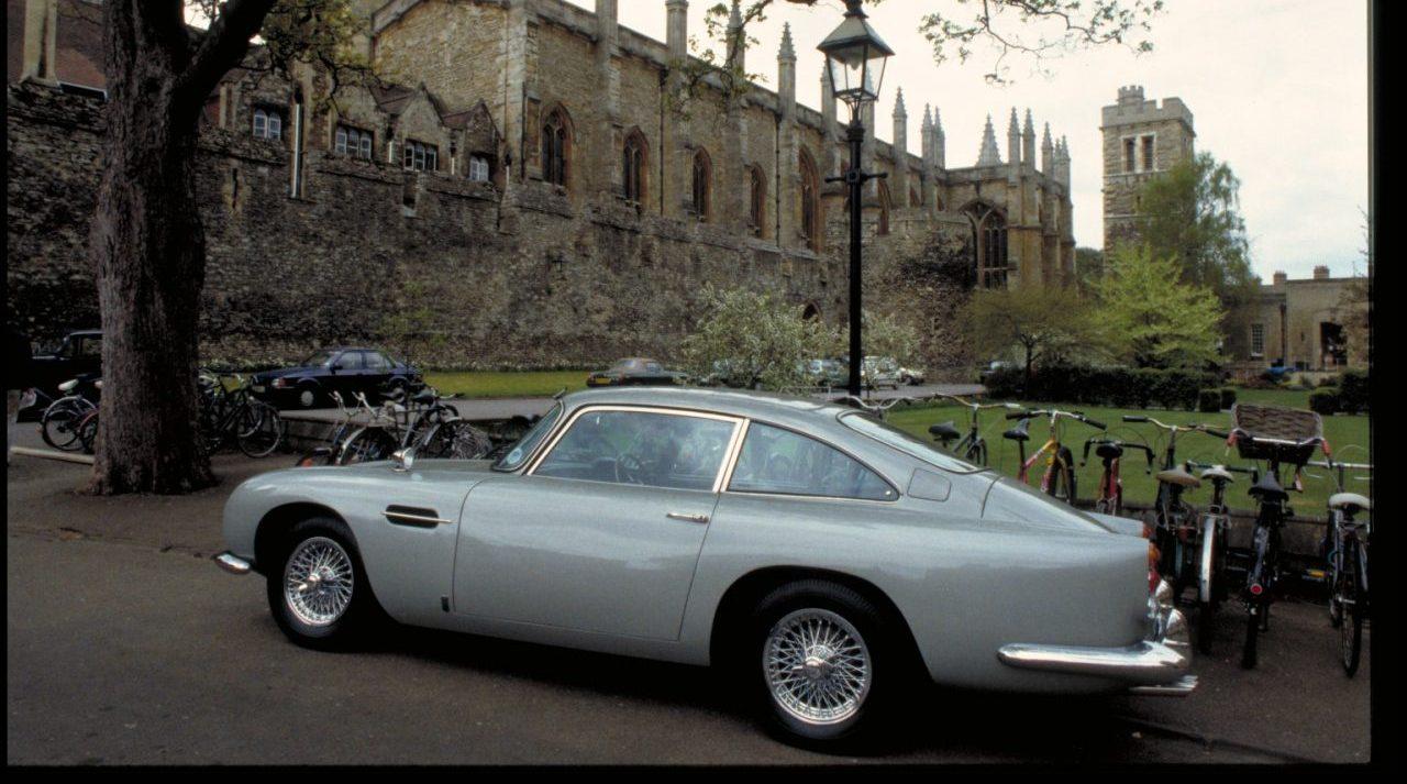 El auto de James Bond podría ser tuyo