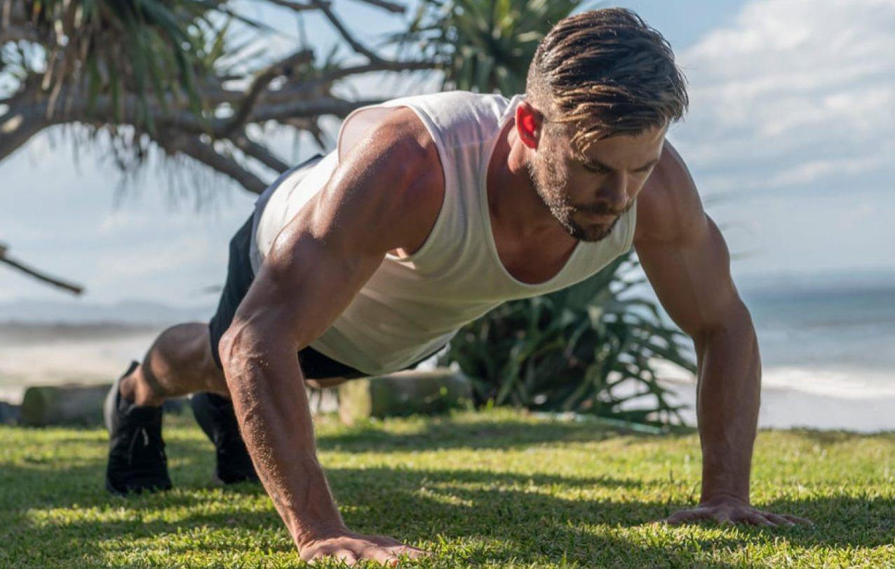 Chris Hemsworth te invita a inscribirte a su plan de entrenamiento