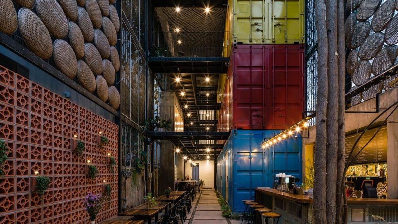 Hospédate en un espacio diseñado con contenedores de carga reciclados