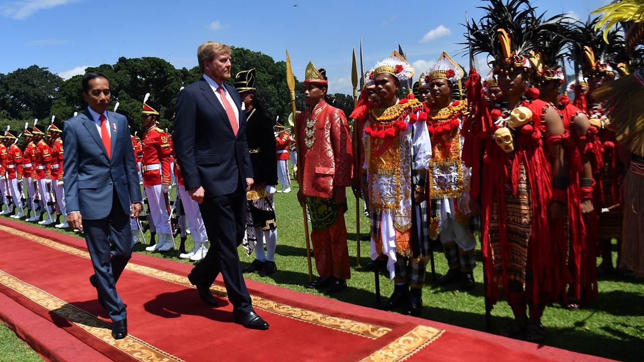 Rey de Países Bajos sí pide perdón a Indonesia por violencia en la Colonia