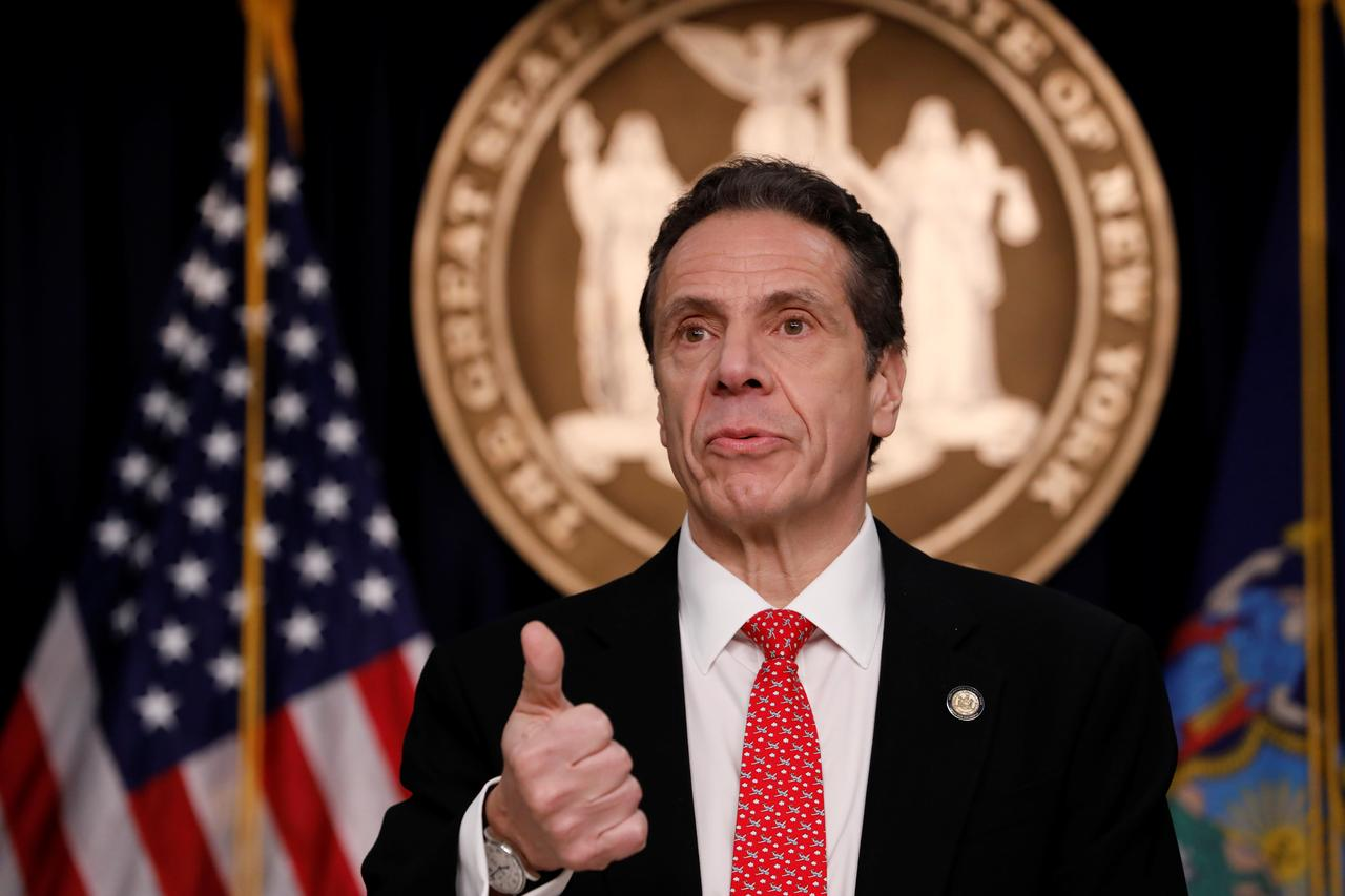 Nueva York dice que aumento de casos de coronavirus es astronómico