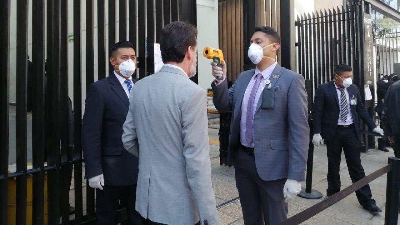 Congreso de la Unión evalúa suspender o no actividades ante coronavirus