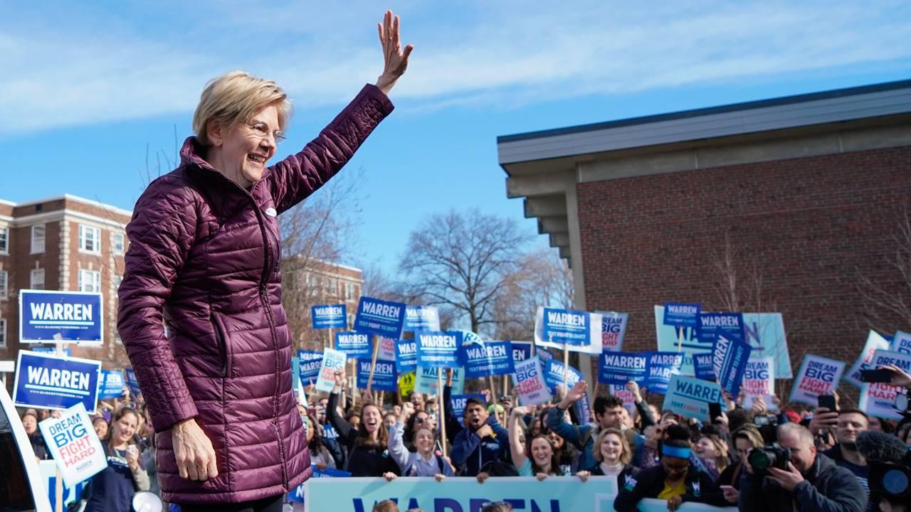 Elizabeth Warren abandona la carrera presidencial; deja camino libre a Sanders y Biden