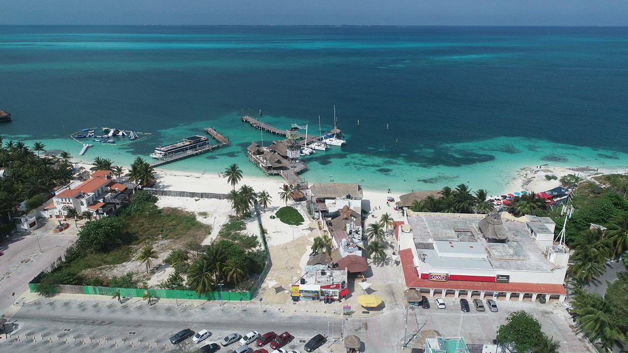 Crean sello de seguridad sanitaria para turismo; Cancún, entre los primeros en recibirlo