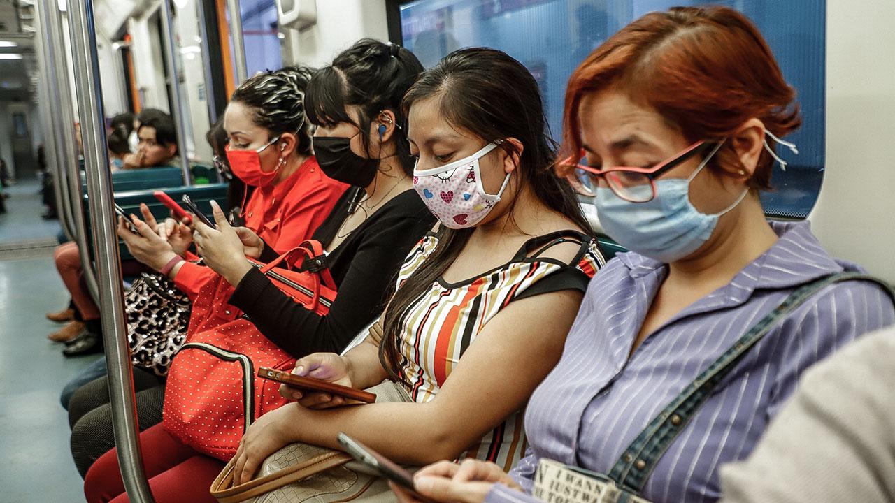 Metro CDMX exhorta a usuarios a guardar silencio para evitar contagios