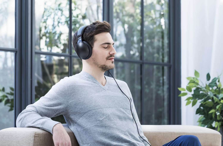 Éxitos nostálgicos, los más escuchados en Spotify por mexicanos en cuarentena