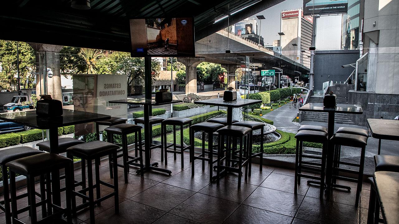 Por cierre de bares y discotecas se perderán 350,000 empleos en México