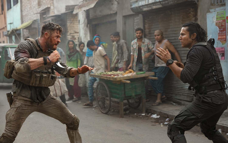 'Misión rescate' la película de Chris Hemsworth se apodera de Netflix