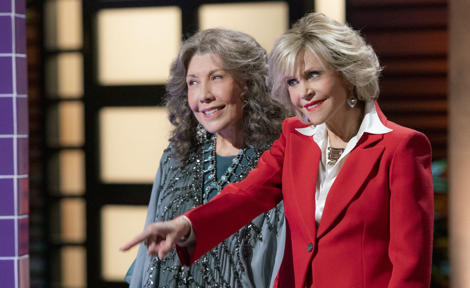 Actores de 'Grace and Frankie' revelarán episodio inédito por una buena causa