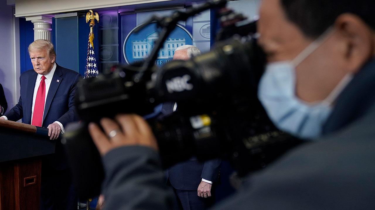 Seis colaboradores de Trump dan positivo a Covid-19 previo a evento de campaña
