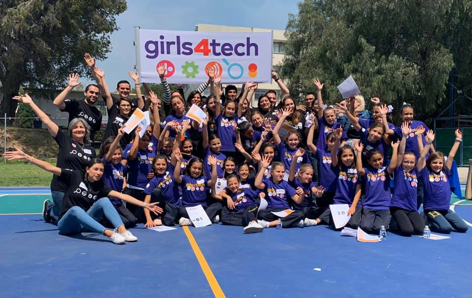 Girls4tech programa de tecnología