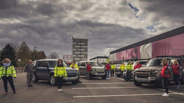 Land Rover ayuda a la Cruz Roja