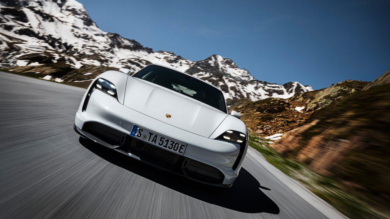 Auto Porsche Tycan