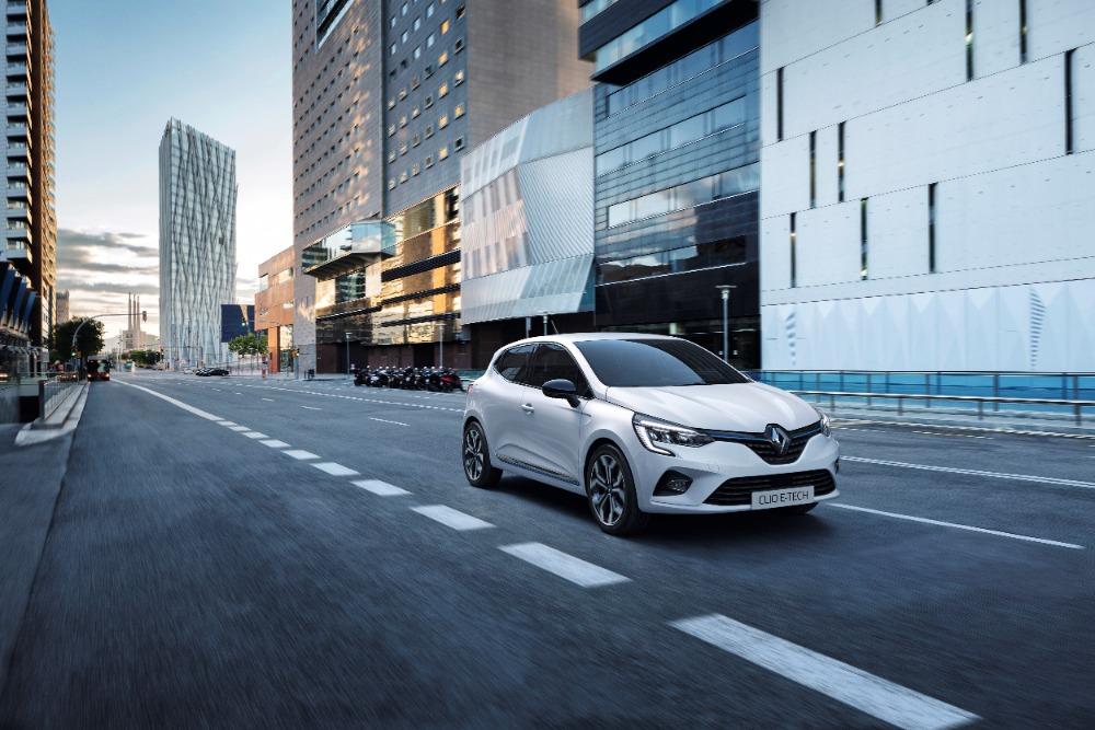 Renault fabricará 3 modelos híbridos en España