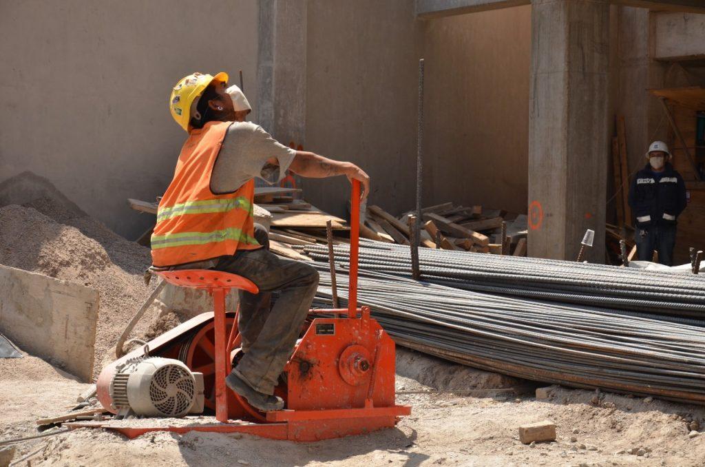 CMIC construcción cubrebocas