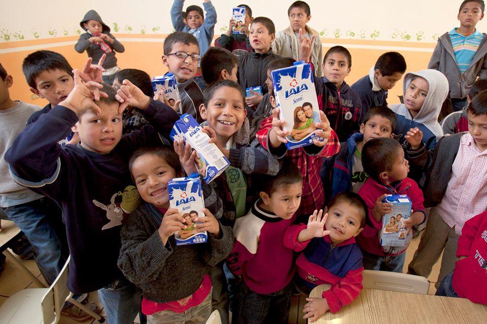 Fundación Lala entrega donativos en comunidades del norte del país