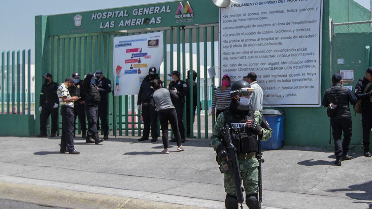 Familiares de pacientes con covid-19 irrumpen hospital de Ecatepec