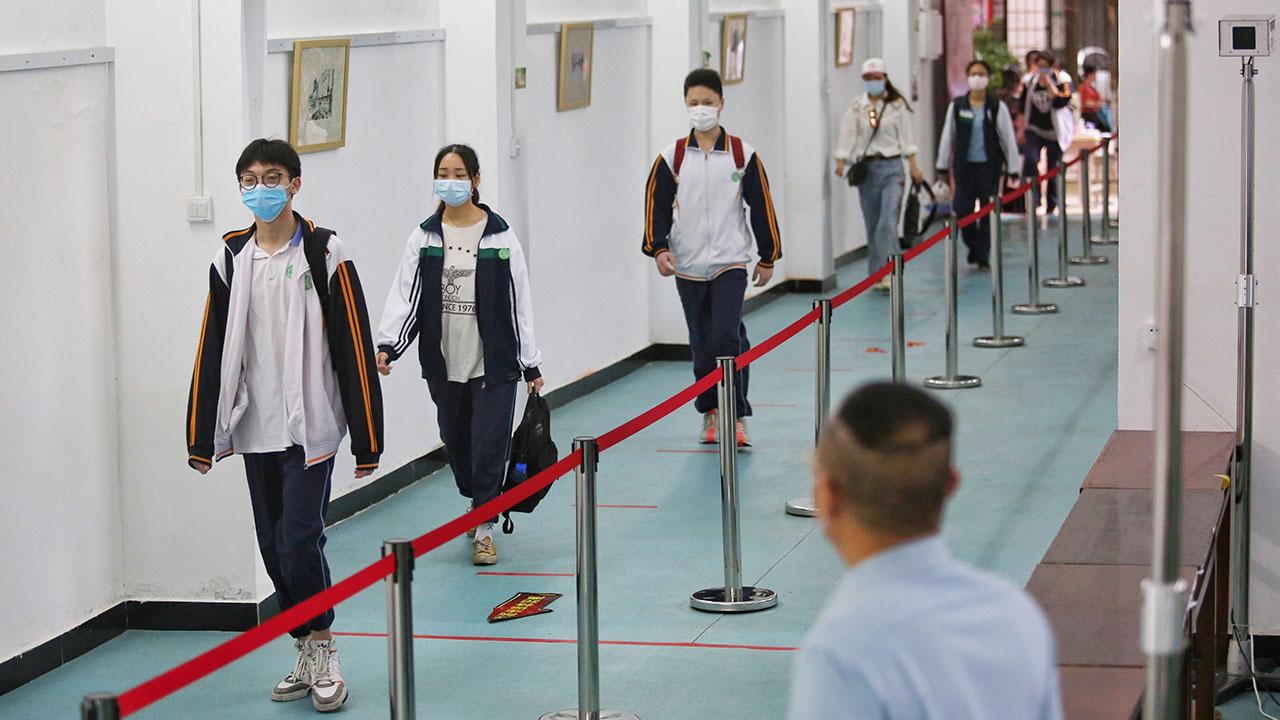 China comenzará a vacunar a adolescentes de 12 a 17 años