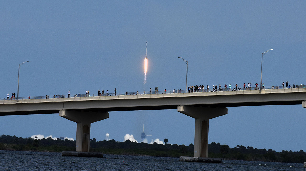 Crónica Visual | SpaceX : inicio de una nueva era espacial