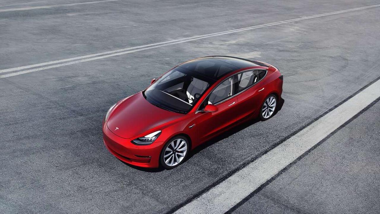 Conoce el Tesla Model 3, el eléctrico que está sorprendiendo al mundo