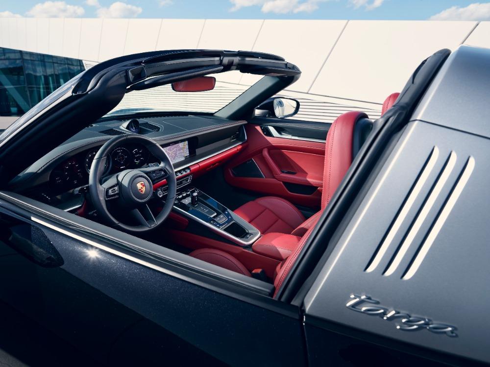 Porsche auto deportivo
