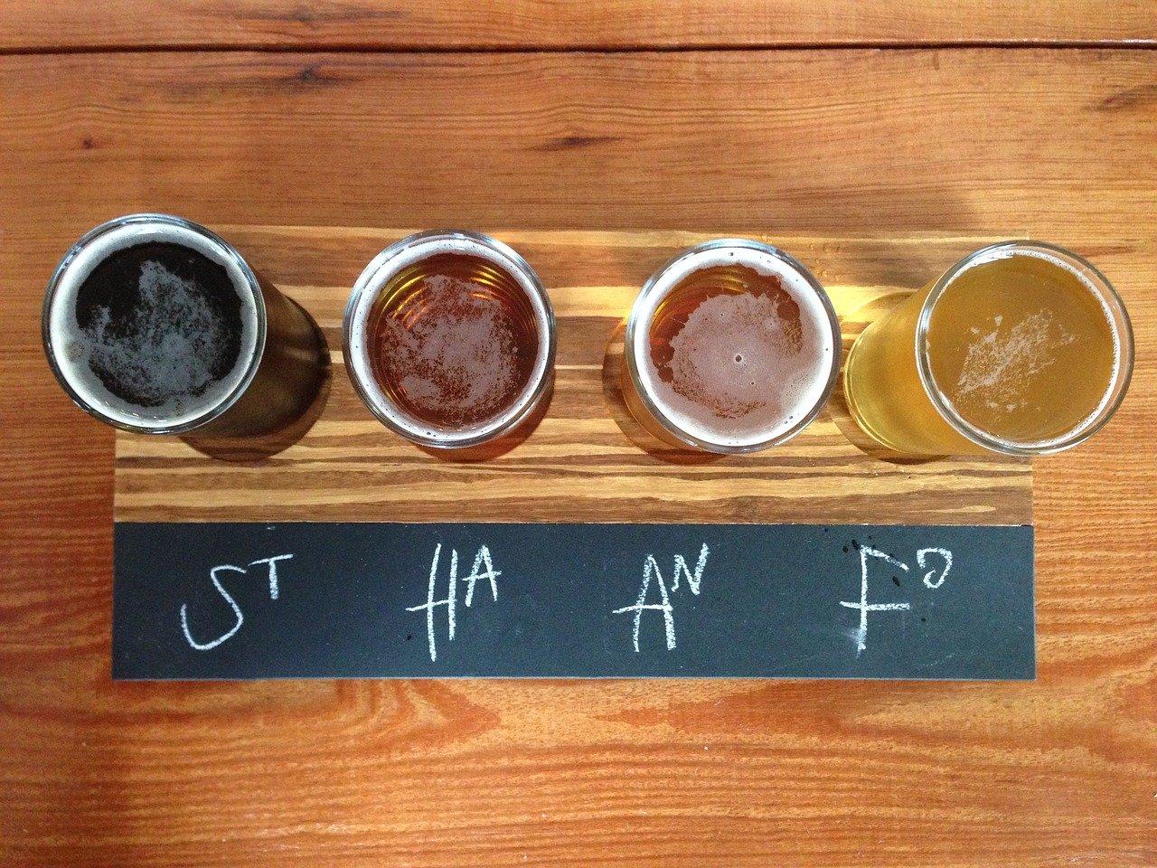 Cerveceros artesanales buscan a las 'tienditas' para vender sus productos ante Covid-19