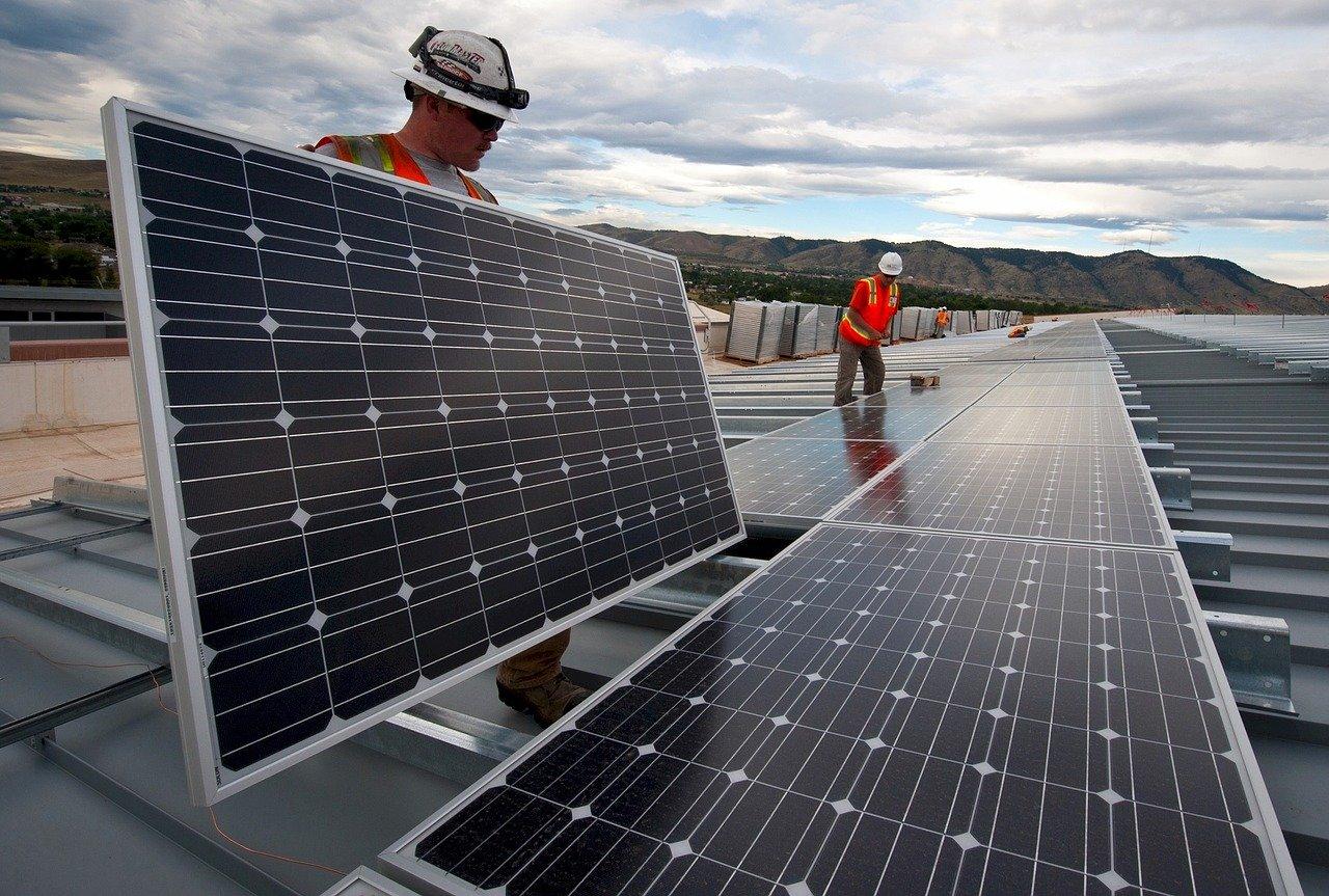 Confidencias: Energías verdes, una promesa de 100 billones que no pasará por México