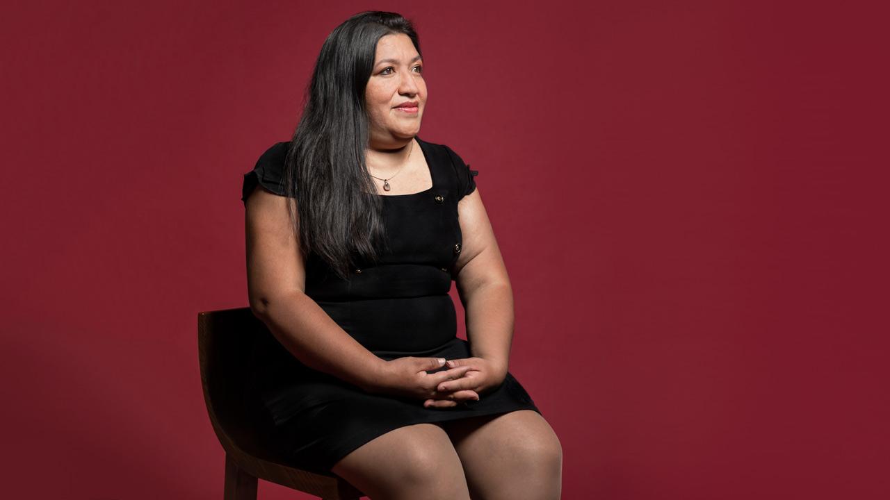 Mujeres Poderosas 2020: María Salguero ubica y pone nombre a víctimas de feminicidio