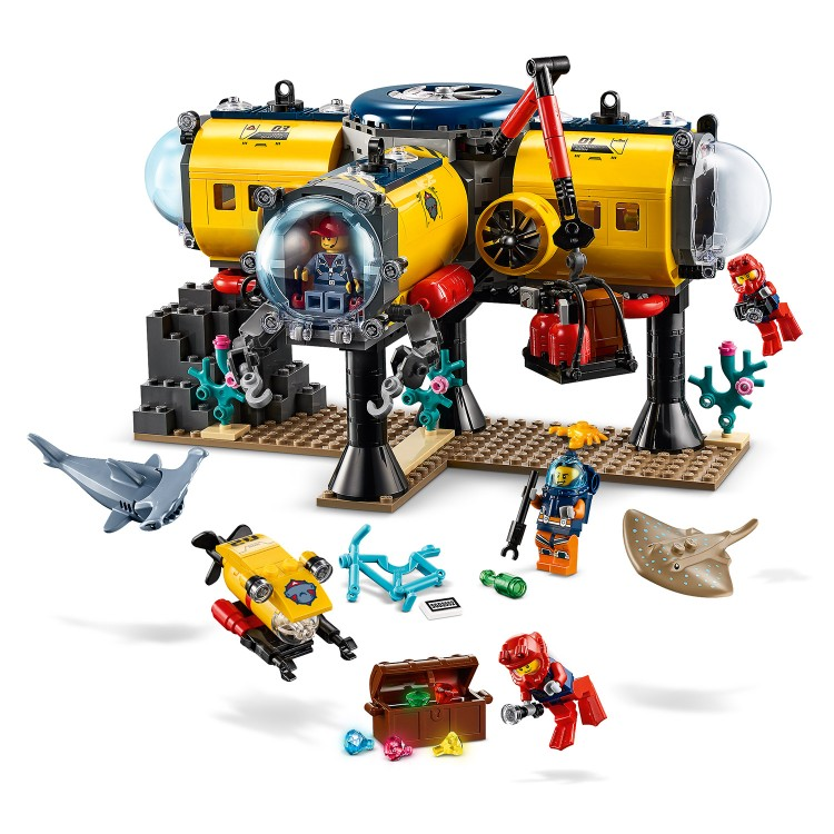 LEGO National Geographic