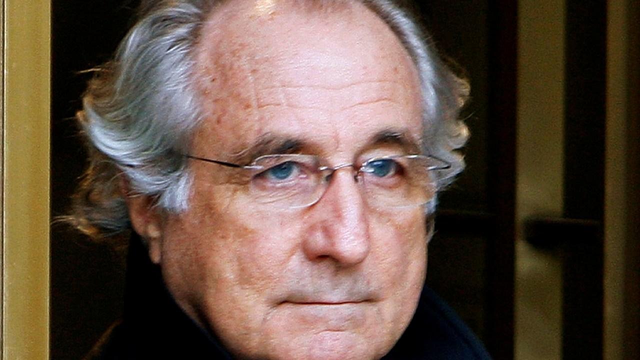 Niegan liberación anticipada de Bernie Madoff por sentencia de 150 años