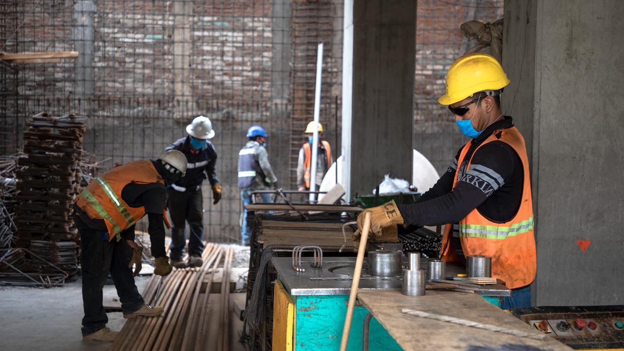 Cae 3.5% inversión fija bruta en México durante febrero