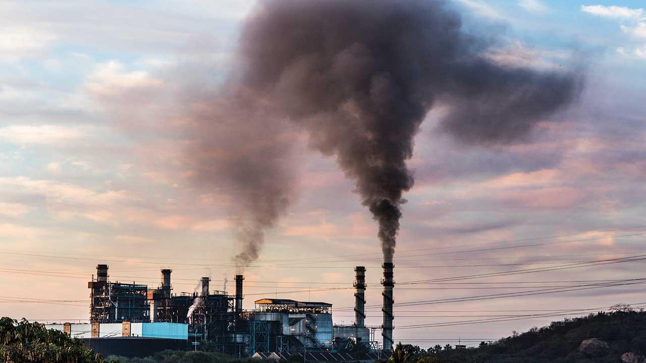 Más de 40 bancos crean alianza para lograr emisiones cero antes de 2050