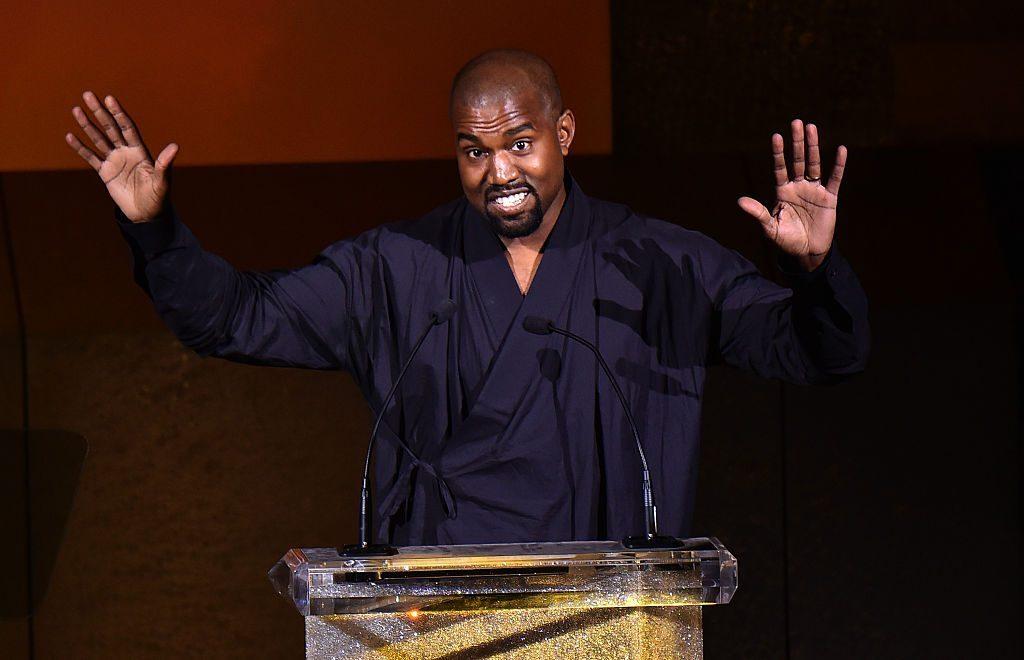 Kanye West abandona candidatura presidencial, pero apunta hacia el 2024