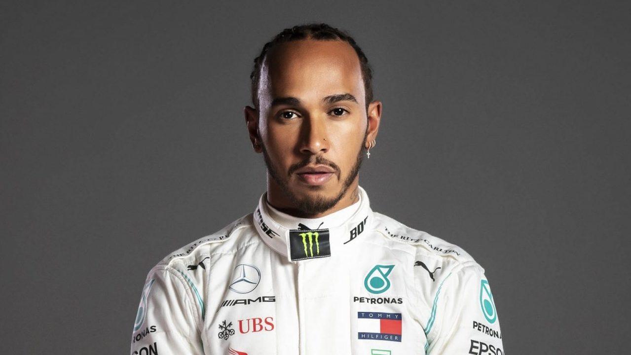 Hamilton firma de nuevo con Mercedes para buscar su octavo título