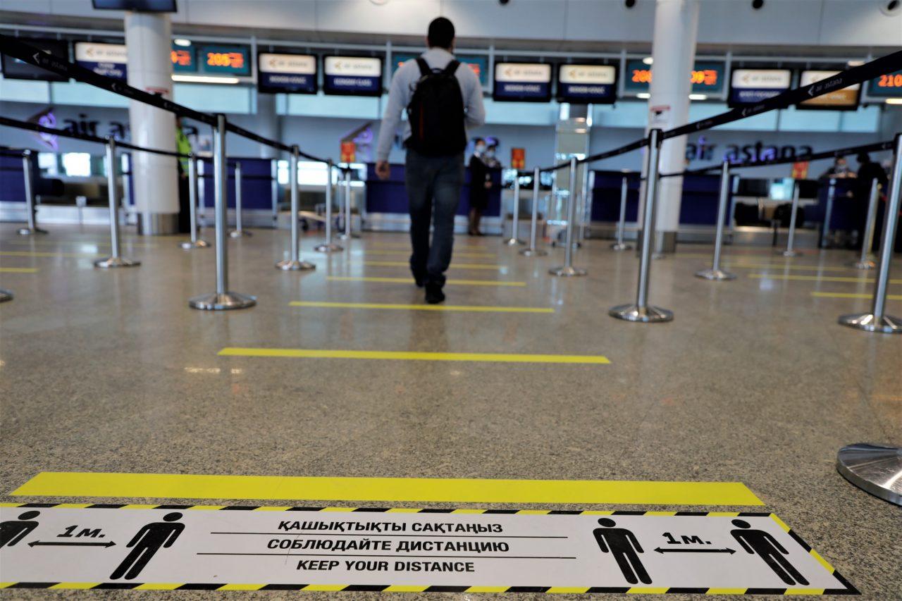 Vuelos 'a prueba de Covid-19', ¿suficiente para salvar los aeropuertos?