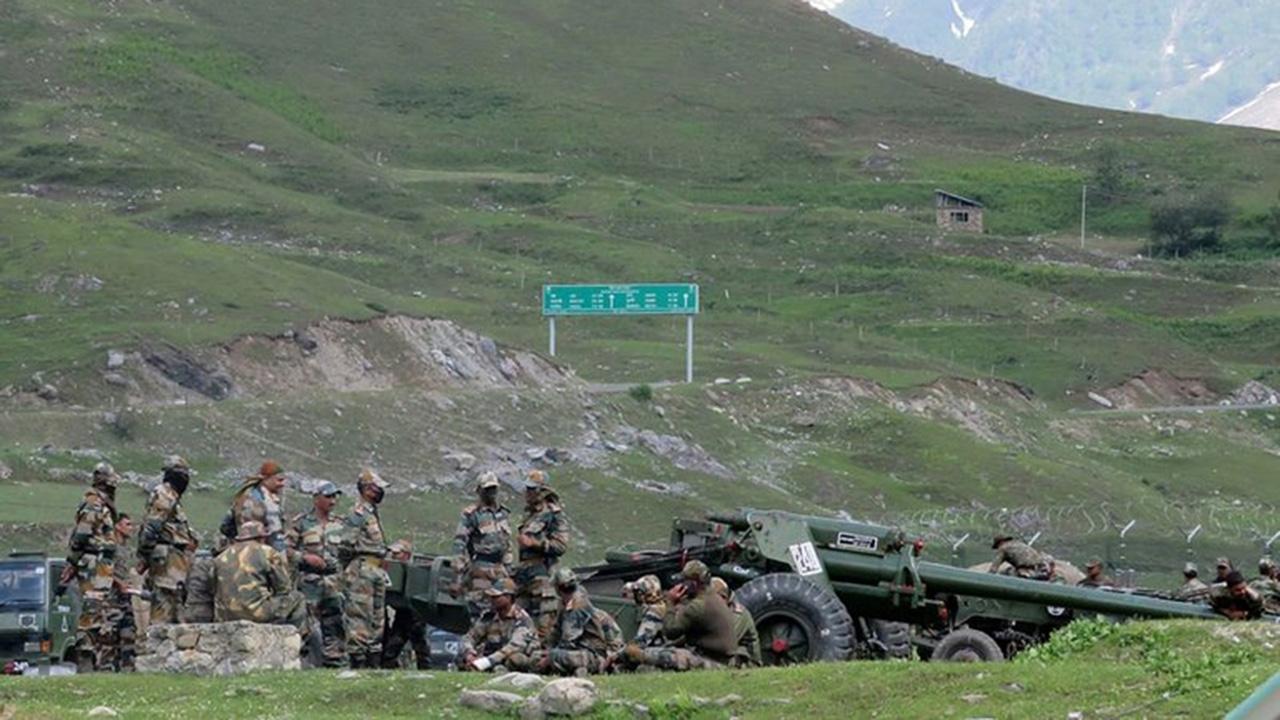 Escala disputa entre India y China; reportan bajas en ambas tropas