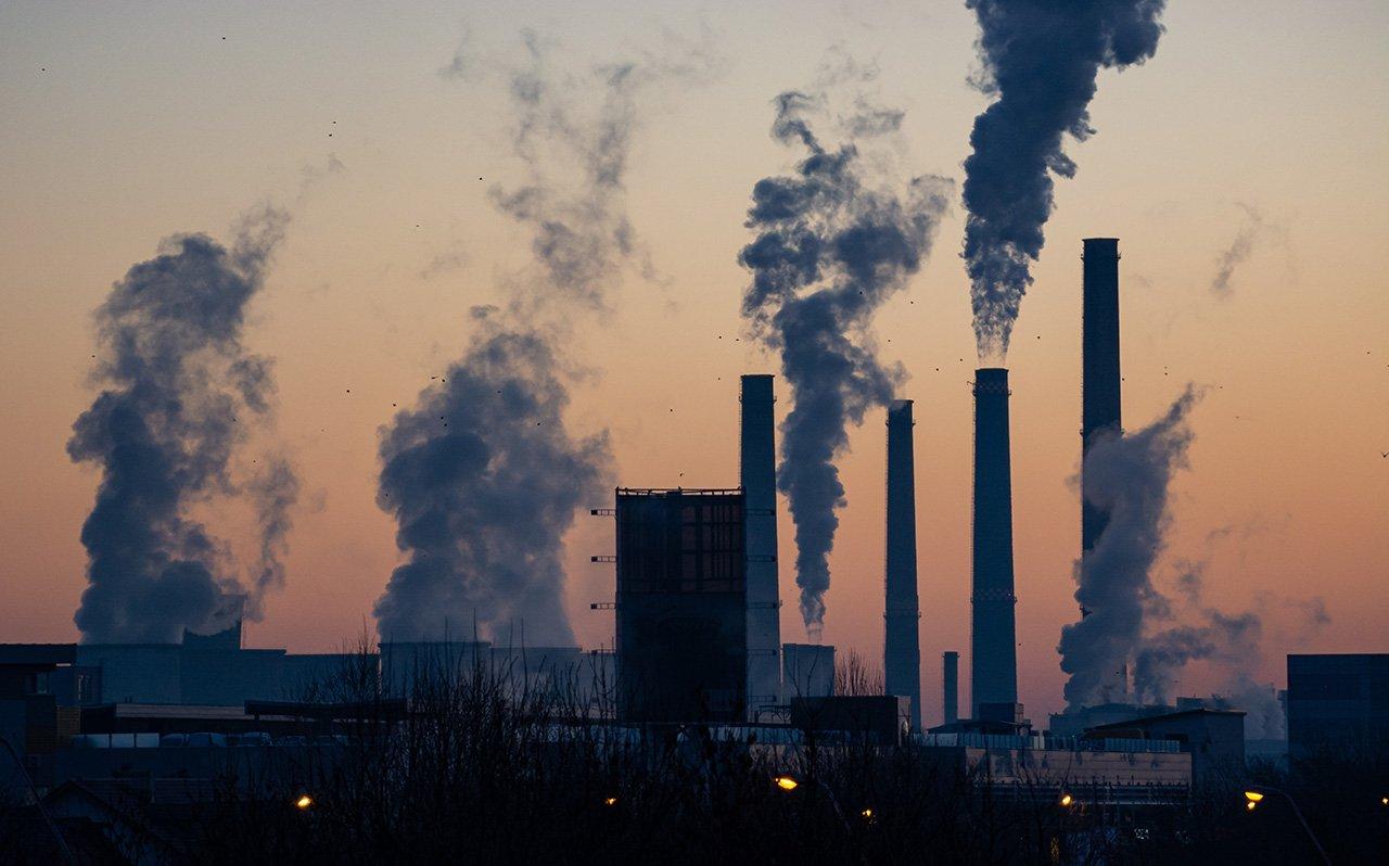 Reino Unido reducirá 68% sus gases de efecto invernadero en 10 años
