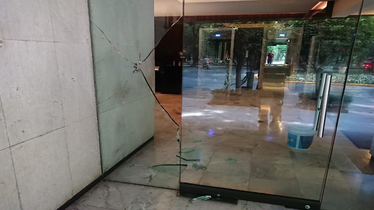 Vandalizan y destruyen propiedades en Polanco, durante protesta