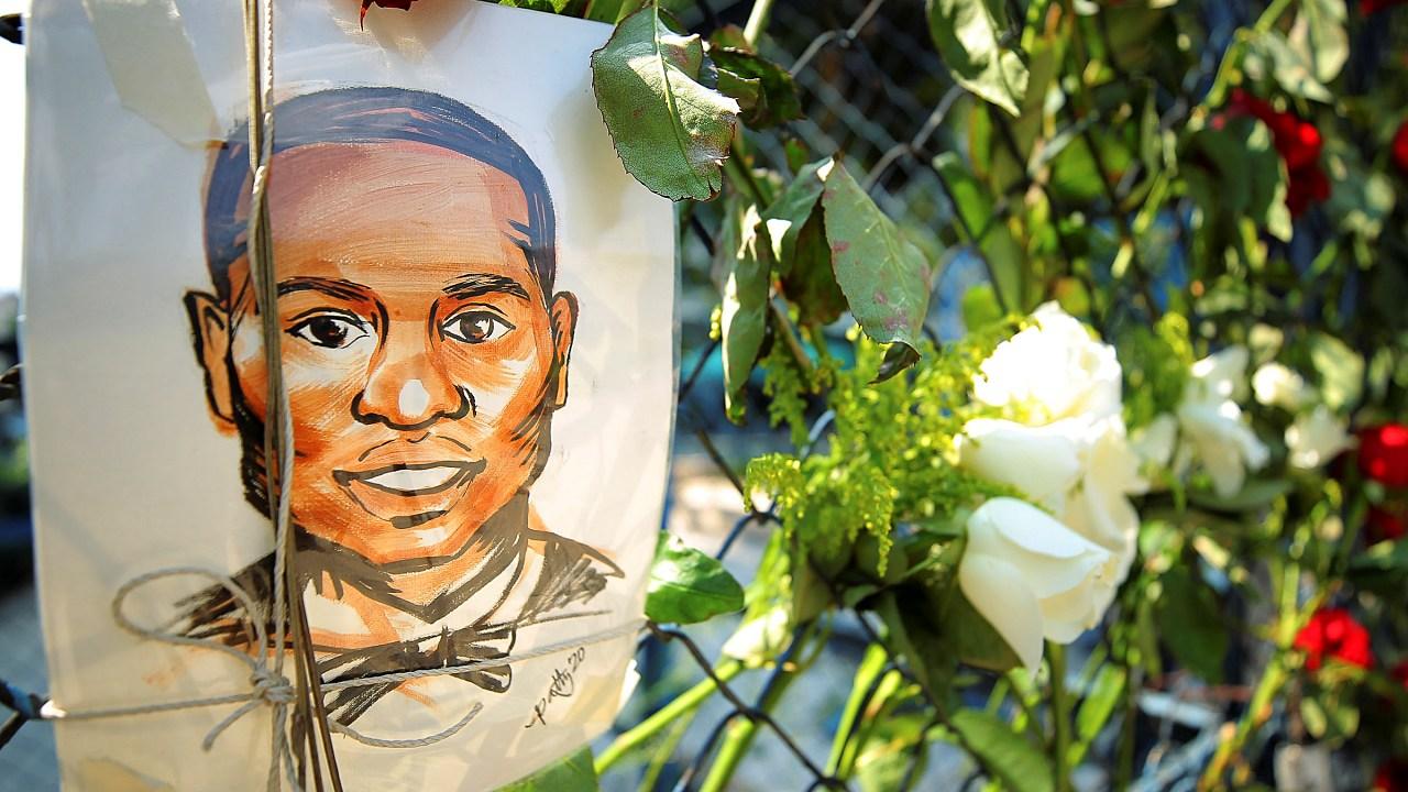 George Floyd murió por asfixia, apunta autopsia independiente