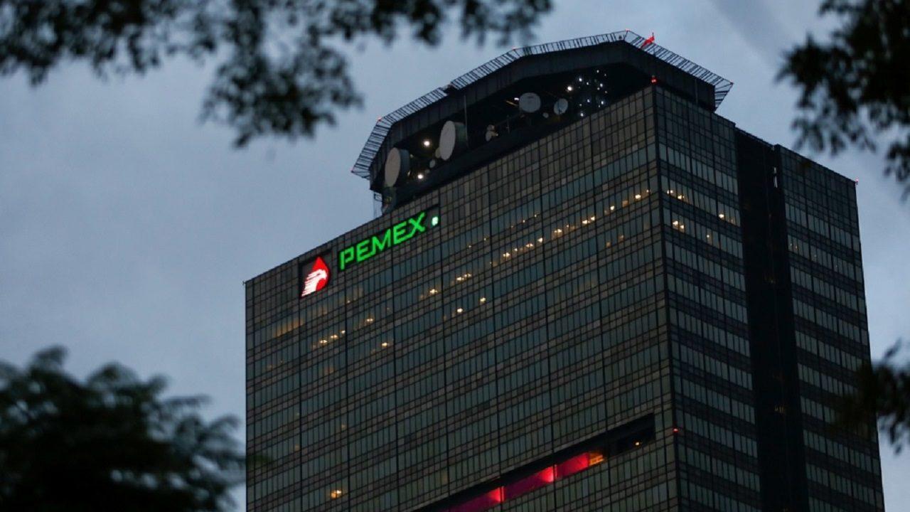 AMLO pide cancelar contrato entre Pemex y Odebrecht