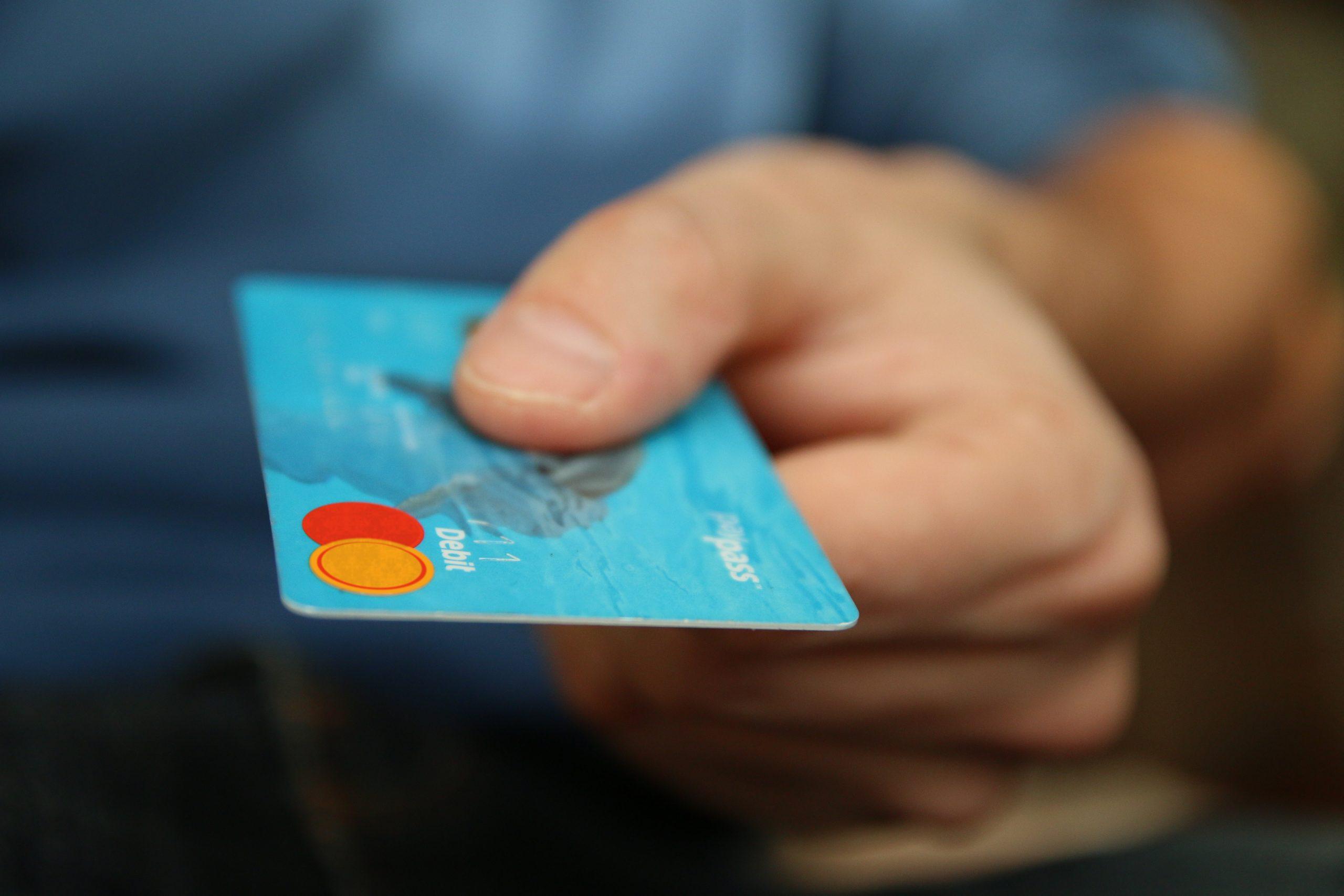 """""""Deudas por tarjetas, el  gran problema que viene"""", señala la fintech yotepresto.com"""