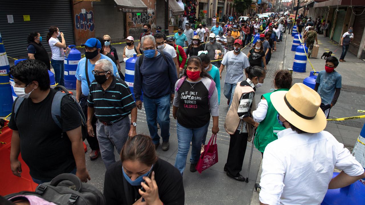 Fotogalería: largas filas para hacer compras en el Centro Histórico de CDMX