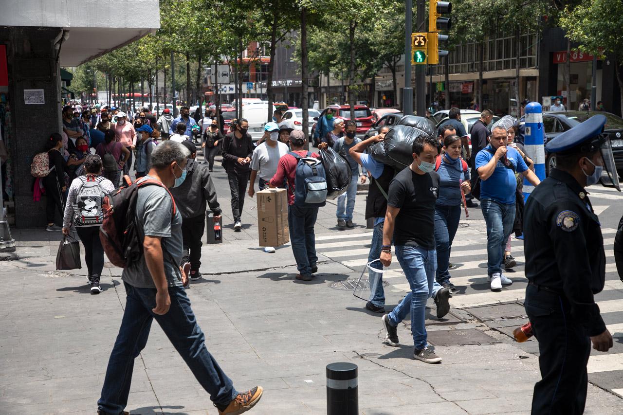 Reactivar la movilidad en México ante Covid-19 es irresponsable: científica de la UNAM