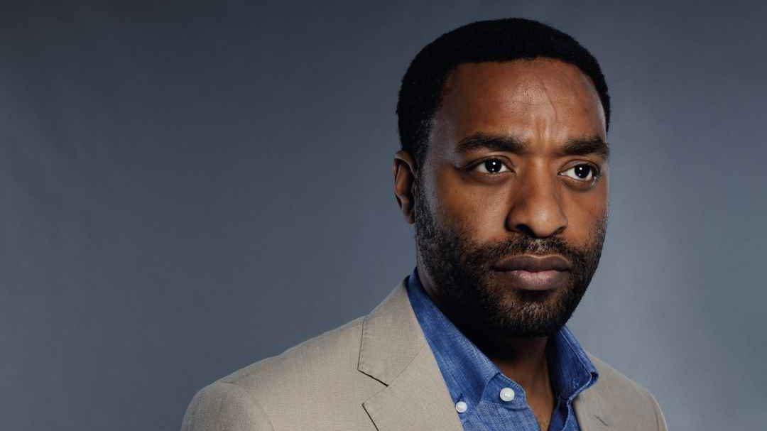 Chiwetel Ejiofor, el antihéroe de la nueva superproducción de Netflix