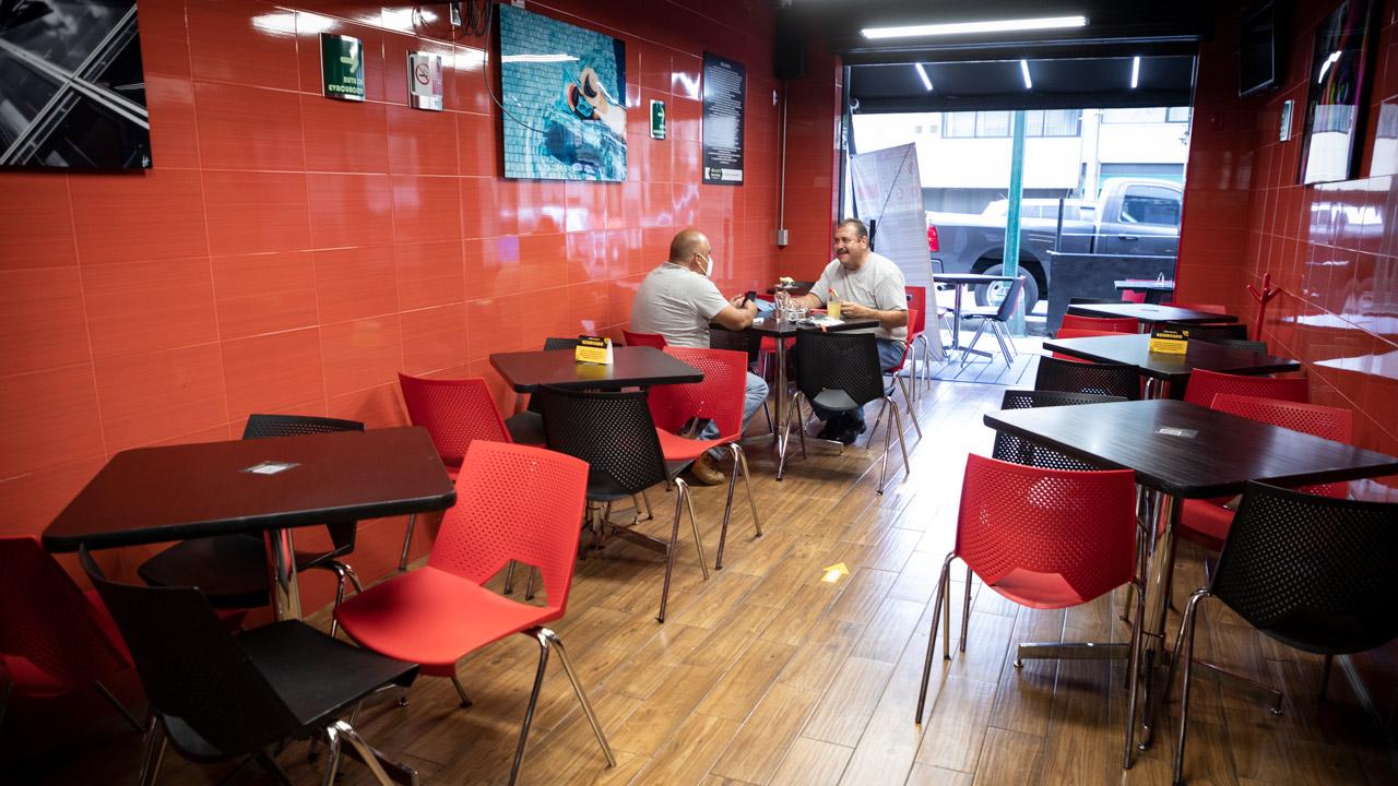 Gobierno de CDMX se reunirá con restauranteros para tratar restricciones sanitarias